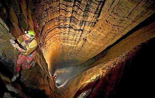 En Derin Mağara - Krubera Mağarası ile ilgili görsel sonucu