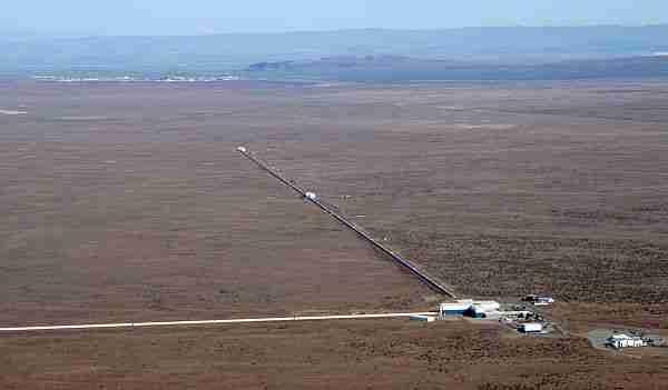 LIGO-ligo-einstein-kütleçekim-kütleçekim_dalgaları-yerçekimi_yerçekimi_dalgaları