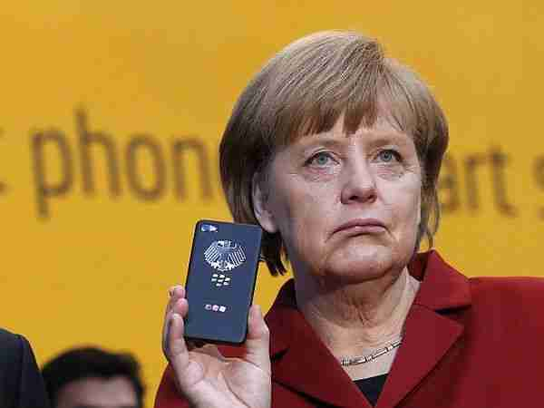 Snowden-edward_snowden-iphone6-gizlilik-gözetleme