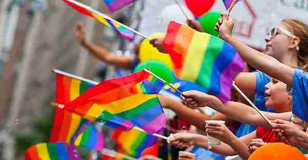 gay-eşcinsel-homoseksüel-homo-lezbiyen