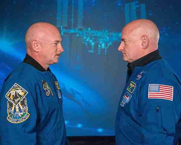 Scott Kelly uzayda 1 yıl kaldıktan sonra vücudu mikro yerçekimi ortamında ne tür değişiklikler geçirdi?