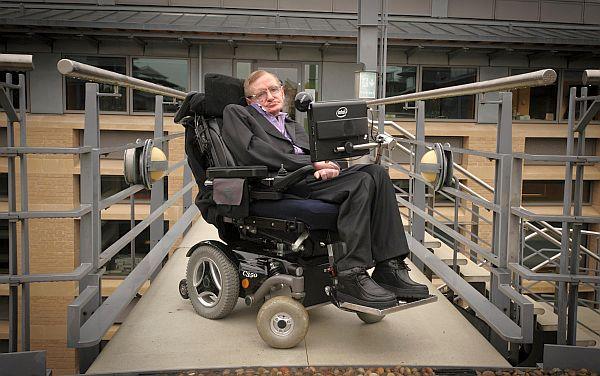 stephen_hawking-tekerlekli_sandalye-bilim-popüler_bilim-tablet