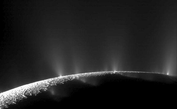 europa-enceladus-cassini-nasa-saturn