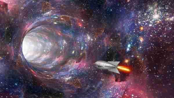 Işıktan-hızlı-yolculuk-için-yeni-solucandeliği-teorisi