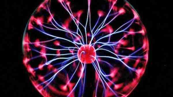 Elektrik-yuku-ve-elektromanyetizma-nedir