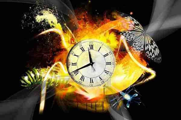 Zaman-akıyor-mu-yoksa-bir-yanılsama-mı